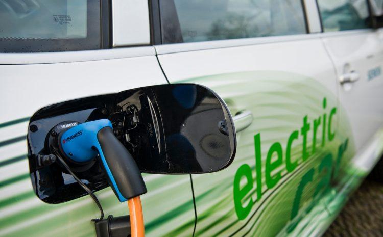 Ποια είναι τα βήματα για την ανάπτυξη της αγοράς ηλεκτρικών αυτοκινήτων