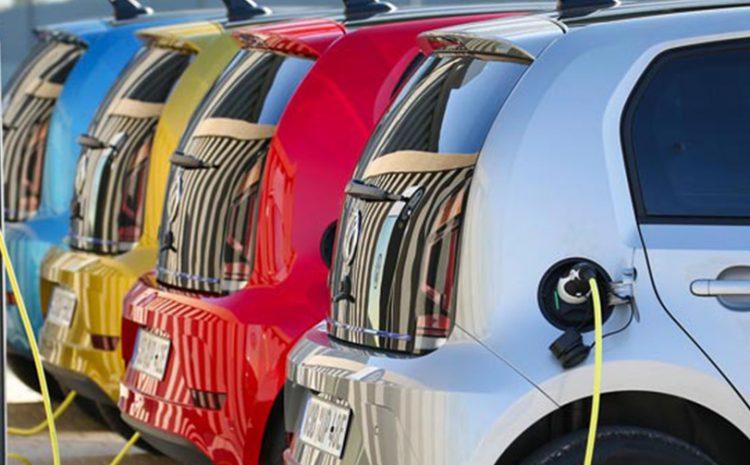 Επιδότηση 15% στα ηλεκτρικά αυτοκίνητα και 20% στα ηλεκτρικά δίκυκλα